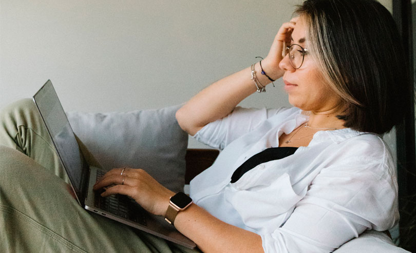 Fünf Online-Dating-Betrügereien zu vermeiden